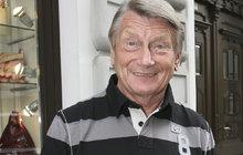 Josef Dvořák (74): Po ránu se s manželkou raději nebaví!