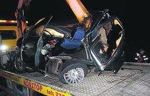Kluk (15) v »mopedovozítku«: Rozstřelily ho 2 auta!