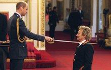 Legendární britský muzikant může užívat titul Sir: Poklekněte, rytíři Stewarte!