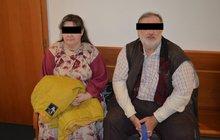 Silně věřící rodiče terorizovali čtyři syny: Bili je kabelem a týrali hlady!