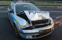 Opilý řidič utíkal před hlídkou: Jeho auto narazilo do policie!