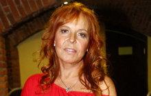 Marcela Holanová (66) na operačním sále! Co se stalo?