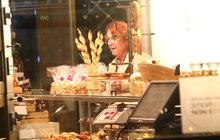 Janžurová tráví čas v cukrárně: Osladila si život!