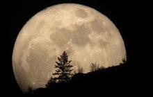 Dnes je zatmění Měsíce posílené úplňkem: Jak nás ovlivní!