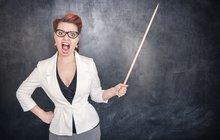 Děti neuměly, učitelka křičela: Jsi blbec, hajzlík a hlupák!