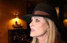 Chantal Poullain (60): Mrazivé tajemství její rodiny odhaleno!