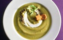 ZAHŘEJTE SE POLÉVKOU: Za z řapíkatého celeru se zázvorem je vitamínovou bombou!