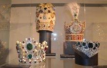 Korunovační klenoty vystavují v ostravském muzeu: Symboly moci ...zdobily hlavy králů, císařů i šáhů!