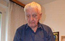 Generál Emil Boček (93): Místo létání peče vánoční cukroví!