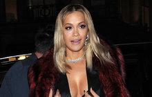 Rita Ora (26) nepodařeně investovala: Okradli ji o miliony!