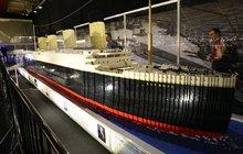 Největší výstava barevných kostek v Evropě: Titanic z lega dlouhý 11 metrů!