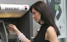 Nové nařízení EU: Výběr z bankomatu s otiskem palce či DNA!