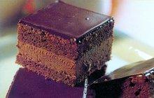 SLADKÉ VALENTÝNSKÉ DEZERTY: Potěšte svou drahou polovičku čokoládovými řezy!