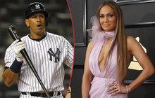 Jennifer Lopez klofla legendu baseballu!