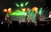 Výbuch pyrotechniky na koncertě: Šest zraněných na »Rammsteinech«!