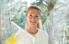 Jarní mytí oken: 5 kroků k zářivě čistým sklům!