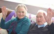 Manželé zemřeli 4 minuty po sobě, dělilo je 5 kilometrů…