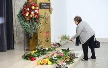 Zdrcená Bohdalová pochovala kamarádku: Třicet let si pomáhaly z problémů!