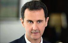 Tyran Asad zplynoval 100 lidí! Včetně malých dětí...