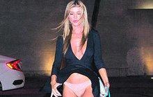 Joanna Krupa ukázala víc, než chtěla: Vítr nestyda!