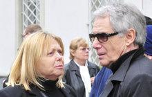 Laufer (77) a jeho manželka: Oba ve špitálu!