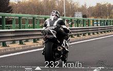 Dálniční závodník: Jel 232 km/h!