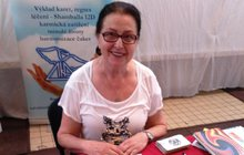 Kartářka Anna Bělohradská (72) je specialistkou na Tarot keltských draků a radí ženám: Naučte se věštit s draky!