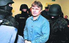 Šéf URNY o zatýkání Kajínka: Klobouk dolů!