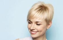 Inspirace pro dlouhovlásky i majitelky krátkého sestřihu: Léto ve vlasech!