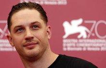 Proč pláče tvrďák Tom Hardy?