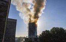 OHNIVÉ PEKLO V LONDÝNĚ: Uprostřed noci začalo hořet 27 pater věžáku!