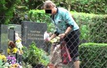 Kradla na hřbitově: Dokonce i hračky pro zesnulé dítě!