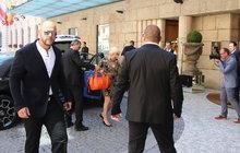Miliardářka Ivana Trump je v Praze, má v patách bodyguardy!