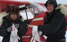 Manželce našli neléčitelnou rakovinu: Naletěli spolu do skály! Společná sebevražda na Aljašce...