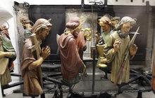 Nad Prahou krouží každou hodinu 12 apoštolů! 1+1 vstupenka ZDARMA!