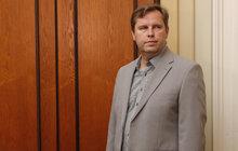 Expolicista Kadlec u soudu: Nabourání 24 aut si nepamatuji!