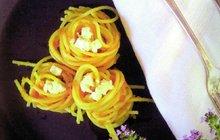 NETRADIČNÍ KUCHAŘSKÉ KOMBINACE: Špagety s mrkvovým pestem!