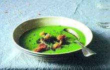 RECEPTY S VŮNÍ BABÍHO LÉTA: Brokolicovo-špenátová polévka!