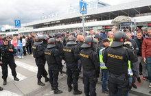 Taxikáři ochromí metropoli: Zablokují hlavní tah k letišti!