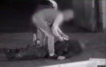 Tři Rumuni (18) přijeli za prací: Do bezvědomí zbili muže (68) pro 3000 Kč a pivo!