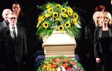 Velkolepé poslední rozloučení s Fialovou (†88): Pohřbí ji do speciální urny! VYROSTE Z NÍ STROM!