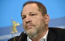 Sexuální násilník Weinstein (65): Vykopli ho z elity!