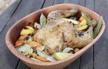 VAŘÍME CVALEM S MICHALEM: Šéfkuchař Michal tentokrát doporučuje kuře nadivoko.