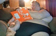 Morbidně obézní muž se dojemně rozloučil se synkem a provedl něco nečekaného!
