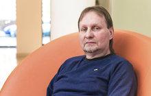 Žloutenka Honzovi (54) z Jirkova léta ničila játra. Nevěděl totiž, že je nemocný, protože neměl téměř žádné příznaky. Až v 53 letech mu lékaři zjistili hepatitidu C, cirhózu jater a dva nádory. Musel proto na transplantaci.