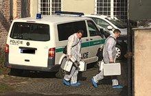 V bytě nalezli mrtvou ženu: Z místa utíkal mladý muž!