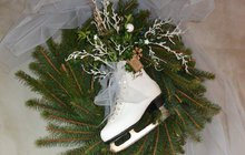 Vánoce se blíží! Zpestřete si advent výrobou originálního věnce na dveře.