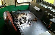 Hasiči z vlaku evakuovali 330 lidí