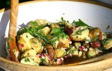 Vyzkoušejte zdravý veganský bramborový salát!