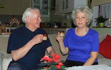 Hanka (72) a Sten (78) Broströmovi už pět let slaví dvoje Vánoce, švédské a české!